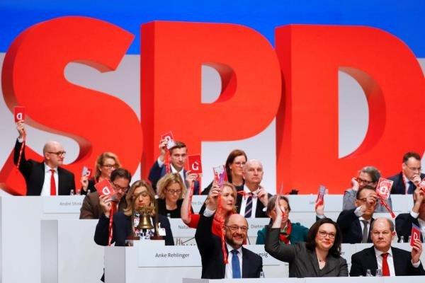 موافقت سوسیال دموکراتهای آلمان با مذاکرات برای تشکیل دولت ائتلافی