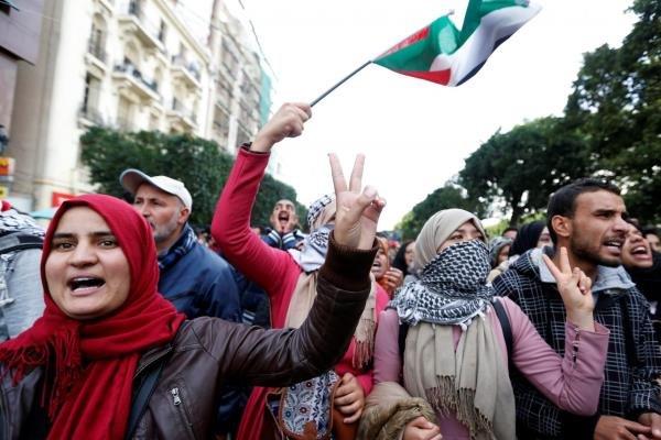 تظاهرات مردم تونس علیه تصمیم ترامپ