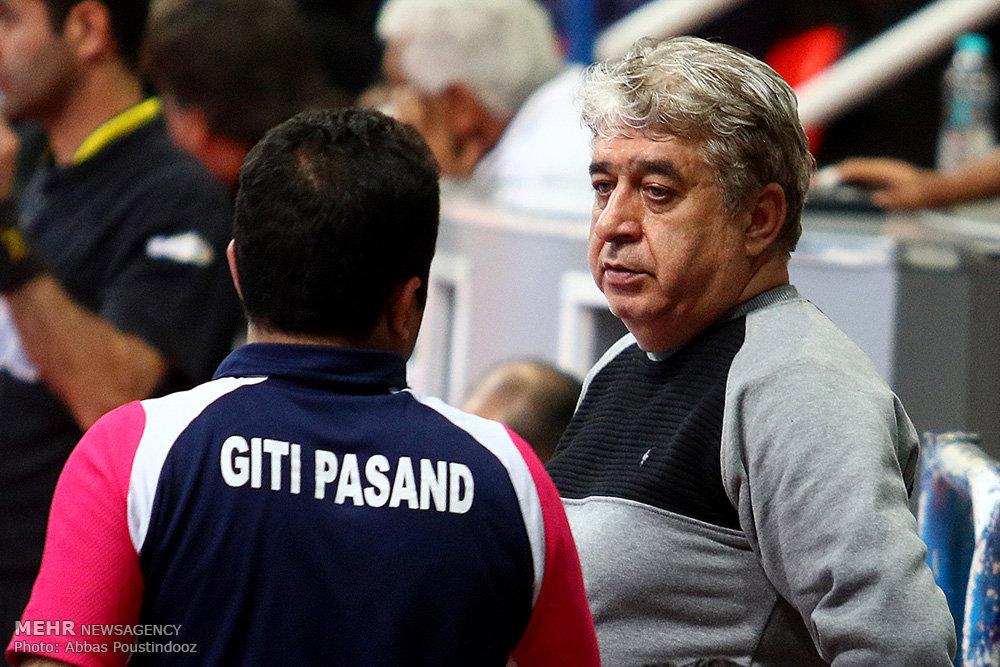 شمس در گفتگو با مهر: فوتسال ایران ورشکسته است/ وزیر ورزش در هیاهوی فوتبال گم شد