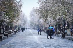 بارش اولین برف پاییزی در همدان