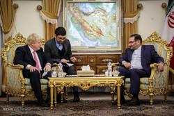 UK Foreign Sec. Johnson received by Shamkhani