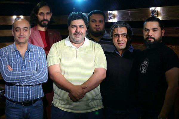 ادامه فیلمبرداری مستند فوتبالی با فرهاد اصلانی