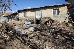 دیدار سید محمدعلی شهیدی رئیس بنیاد شهید با ایثارگران زلزلهزده ثلاث باباجانی