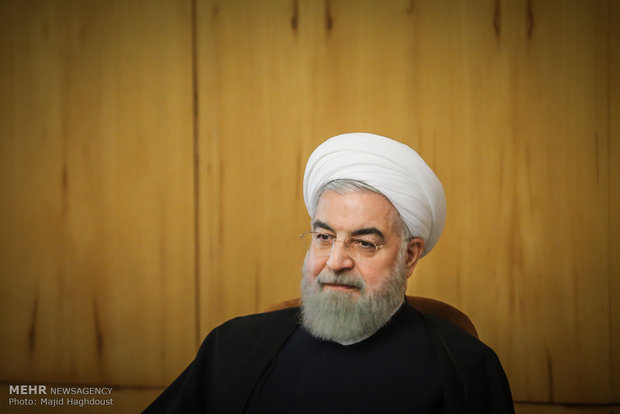 Pres. Rouhani calls all elites to heed to Leader's points