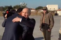 الأسد يستقبل بوتين في قاعدة حميم العسكرية /فيديو