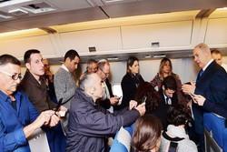 نشست خبری نتانیاهو در بازگشت از اروپا در هواپیما