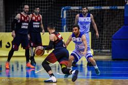 دیدار تیمهای بسکتبال دانشگاه آزاد اسلامی و شهرداری گرگان