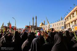 مراسم استقبال از کاروان نمادین حضرت معصومه(س) در قم برگزار شد