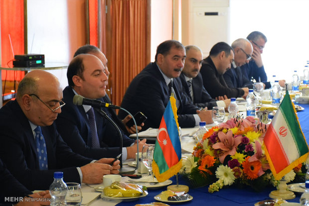 Iran, Azerbaijan railway officials gather in Astara