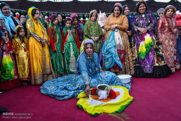 """حفل زفاف تقليدي لزوجين من قبيلة """"القشقاي"""" في شيراز"""