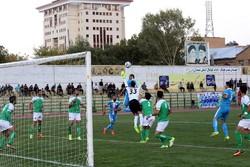 نمایندگان فوتبال همدان به دنبال کسب پیروزی/هواداران حمایت کنند