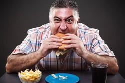 پرخوری و چاقی