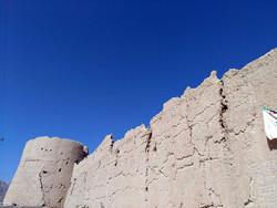قلعه تاریخی روستای امامزاده بزم بوانات فارس