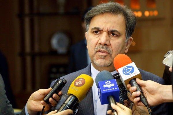 آخوندی در جمع خبرنگاران