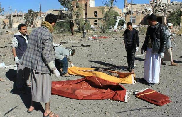 ارتفاع ضحايا مجزرة العدوان السعودي في صنعاء إلى 30 قتيلا وعشرات الجرحى