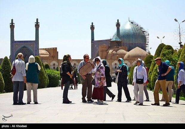 Vietnamese officials, travel marketers visit Isfahan