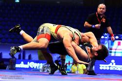 """İsfahan'da """"Grekoromen Güreş Şampiyonası"""" başladı"""