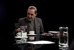 Velayati: US seeks to break up Syria