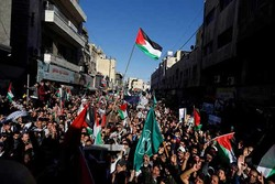 اردن میں مظاہرین نے سعودی عرب کے خلاف نعرے لگائے