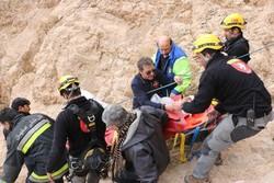 نجات ۴ کوهنورد گرفتار درقلعه شاهدژ صفه پس از ۵ ساعت عملیات امدادی