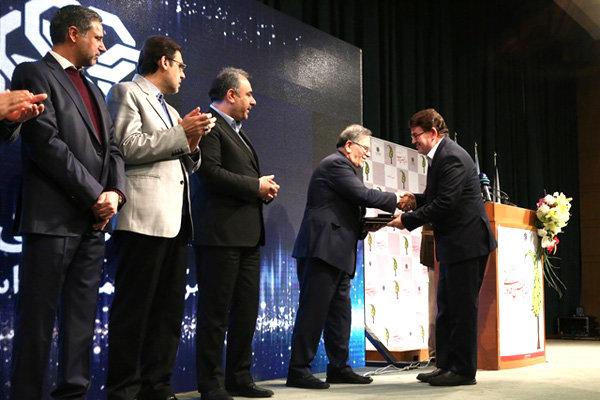 رئیس مرکز مطالعات و نوآوری بانک انصار، پژوهشگر برتر بانکی شد
