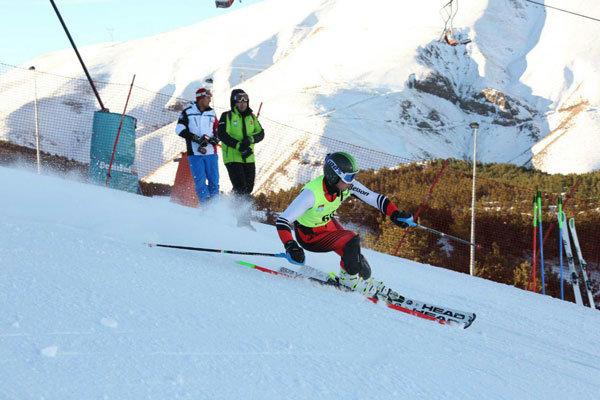 مسابقات قهرمانی کوهنوردی با اسکی در سرعین آغاز شد