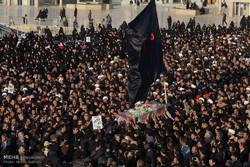 قم میں مدافع حرم شہید مہدی ایمانی کی تشییع جنازہ