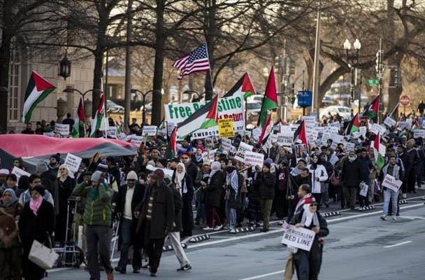 الآلاف يتظاهرون في واشنطن رفضًا لقرار ترامب بشأن القدس