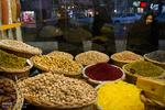 ویترین هایی فقط برای تماشا/ تنور بازار شب یلدا زمستانی است