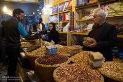 """الاسواق المكتظة في ايران على اعتاب ليلة """"يلدا"""" / صور"""