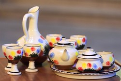 CHTHO hosting potteries, ceramics exhibit