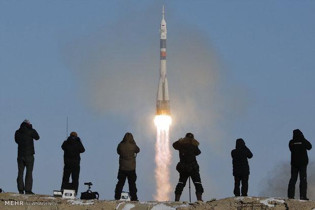 إيفاد 3 اشخاص الى محطة الفضاء الدولية