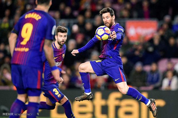 دیدار تیم های فوتبال بارسلونا و دپورتیوو