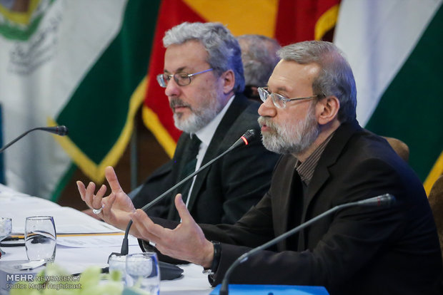 US plays role of crook in region: Larijani
