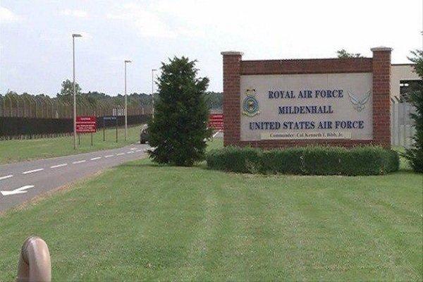 پایگاه هوایی «میلدنهال» در انگلیس