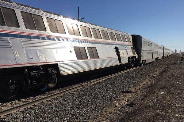 قطار مسافربری تهران - زاهدان از ریل خارج شد