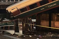 تلفات سانحه ریلی آمریکا دستکم ۳ کشته و ۱۰۰ مجروح اعلام شد