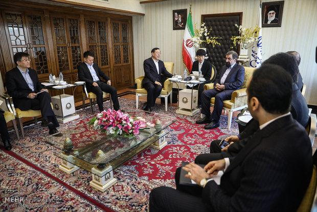 محسن رضايي يستقبل وفد عالي المستوى من الصين