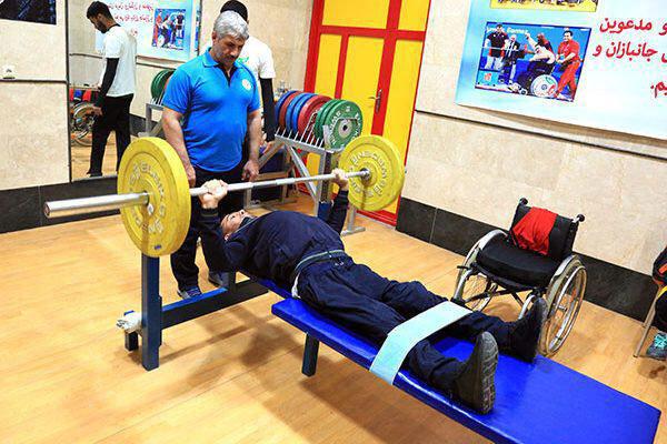 اردبیل در زمینه تجهیزات ورزشی معلولان با کمبود مواجه است