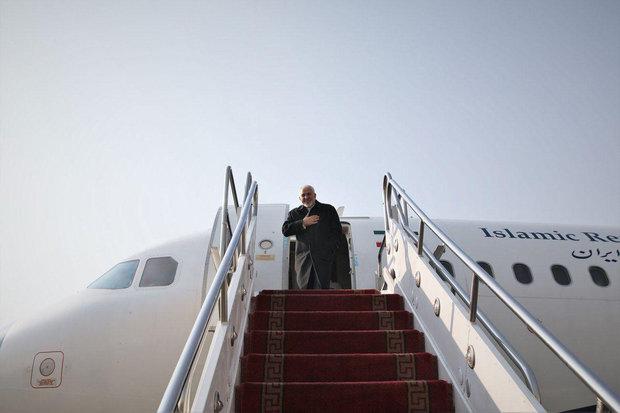 Foreign Minister Zarif leaves Tehran for Baku
