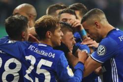 پیروزی دشوار شالکه برابر تیم بحران زده کلن