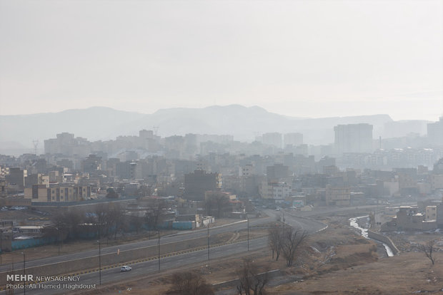 استمرار وضعية الخطر في تلوث الهواء في العاصمة طهران