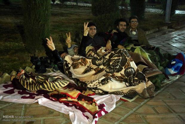 حضور مردم تهران در سطح شهر در پی احساس زلزله -۲