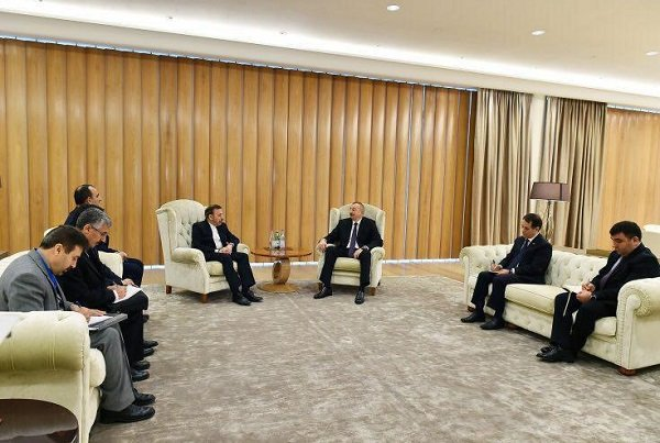 Vaezi meets Azerbaijani president in Baku