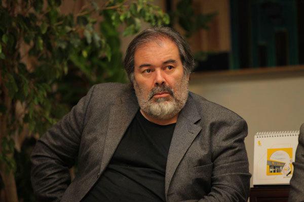 استعفا نکردهام/ شایعهسازی در میانه جشنواره تجسمی فجر