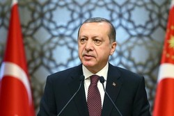Erdogan warns US against forming 'terror army' on its border with Syria