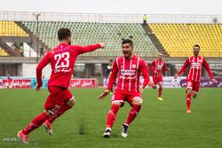 دیدار تیم های فوتبال سپیدرود و نفت تهران