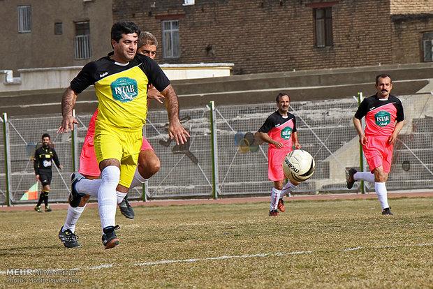 دیدار تیم های رسانه ورزش کردستان و پیشکسوتان سرپل ذهاب