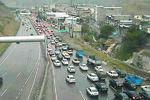 افزایش ۲۵.۸ درصدی ترددهای جاده ای/ ترافیک سنگین آزادراه کرج-تهران