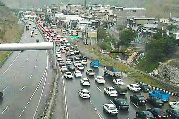 گرد و خاک و کاهش دید در ایلام/ترافیک در آزادراه کرج